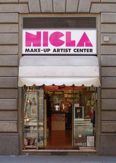 1foto_negozio.jpg