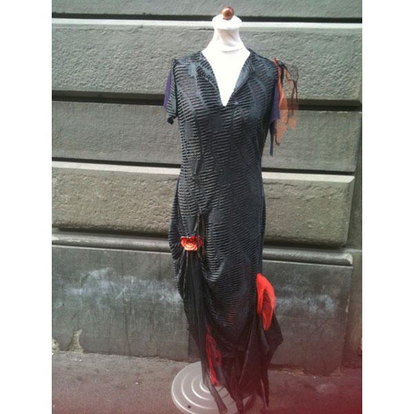costume_ragnatela_donna_zoom.jpg
